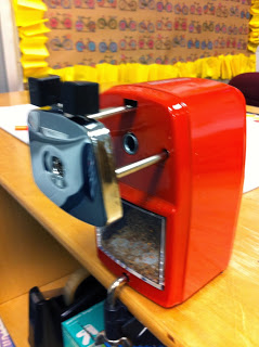 Best Pencil Sharpener for AU Classroom (or ANY classroom)